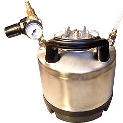 Material Druckbehälter - Edelstahl mit Gummifuss - mit Armaturen (Cola Behälter)